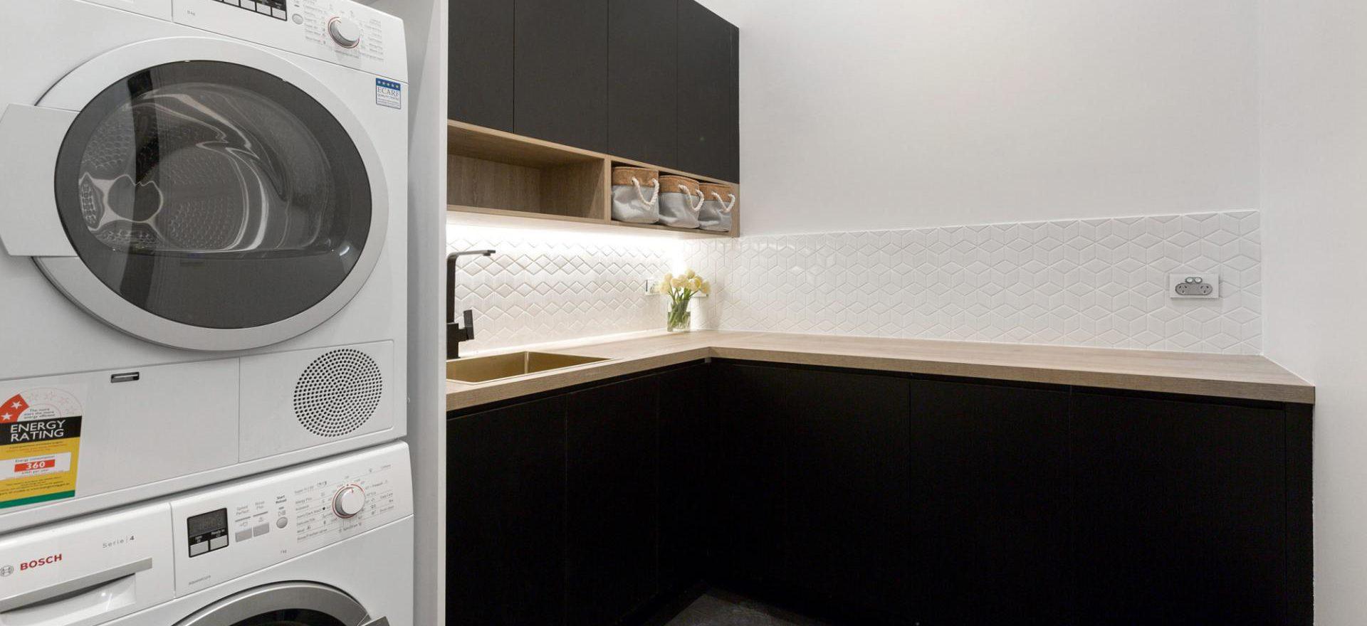 Laundry Room 8